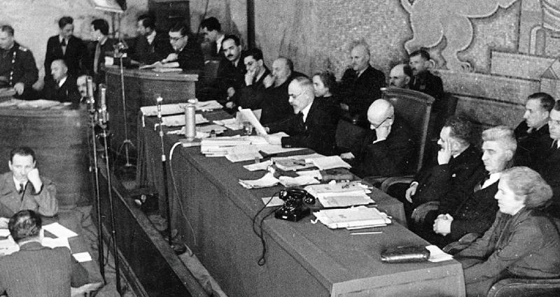 Резултат с изображение за Народния съд през април 1945